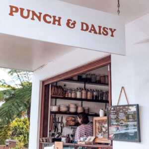 Image of front of Punch and Daisy Cafe